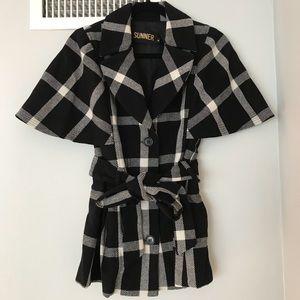 NEW***SUNNER***Black + White Coat**Medium